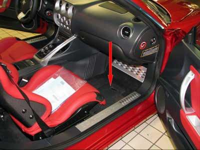 Alfa Romeo 8C Location of the VIN