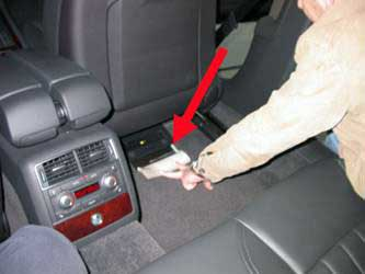 Location of the VIN on the Audi A8