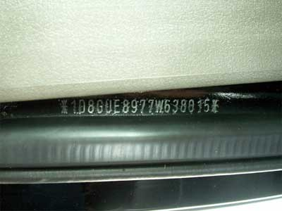 Auto vin Dodge Nitro (KJ)