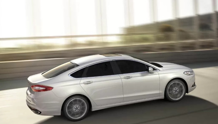 Ford Mondeo MK 5 2013