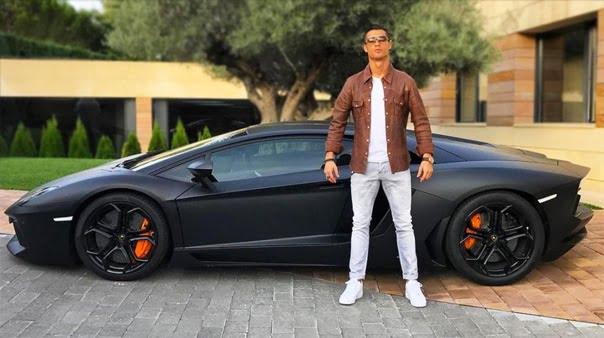 Lamborghini Aventador LP700-4 Ronaldo